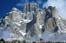 Trango Towers , Pakistan