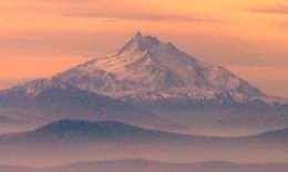 Mount Jefferson in Oregon, USA